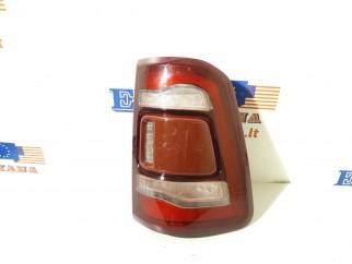 Galinis žibintas (dešinė) Naudota - Dėl kainos susisiekti